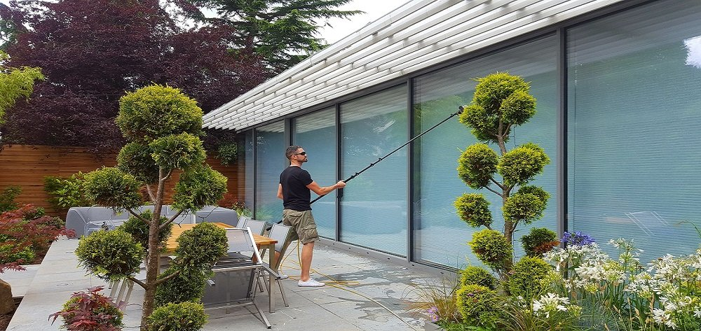 Why Have a Regular Window Cleaning Service